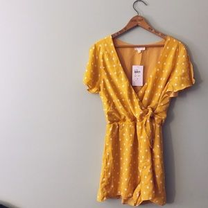 NWT Everly Mustard Polka Dot Lined Romper